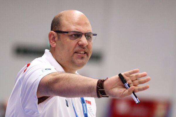 Главный тренер сборной Испании Лукас Мондело