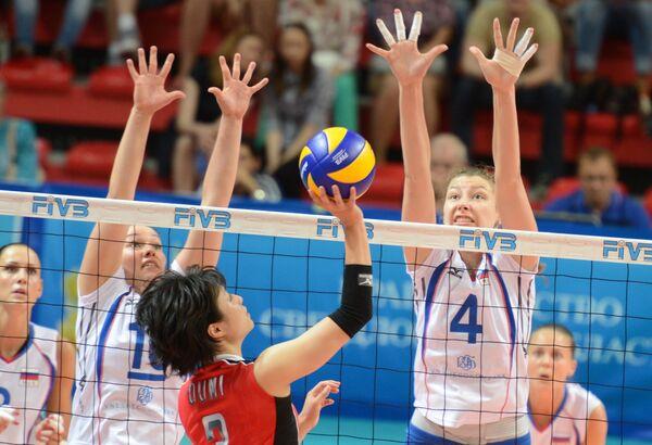 Игровой момент матча Россия - Япония