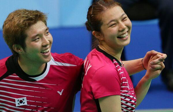 Корейские бадминтонисты Ким Со Юн/Ким Ки Чун