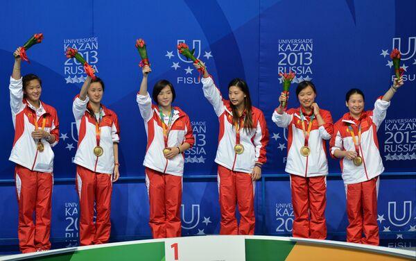 Команда Китая, завоевавшая золотые медали в командном зачете на соревнованиях по прыжкам в воду