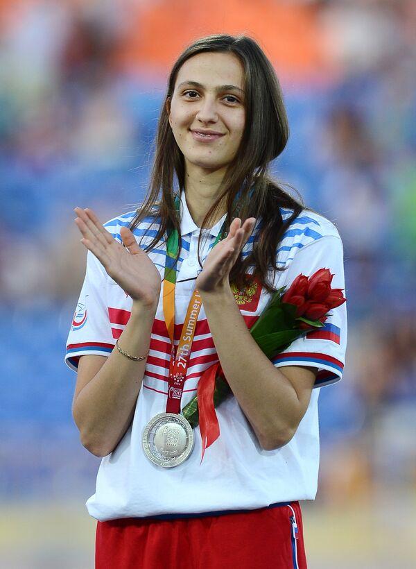 Мария Кучина (Россия), завоевавшая серебряную медаль в прыжках в высоту среди женщин