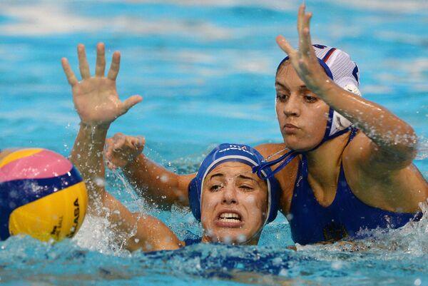 Мартина Савиоли (слева) и Диана Антонова