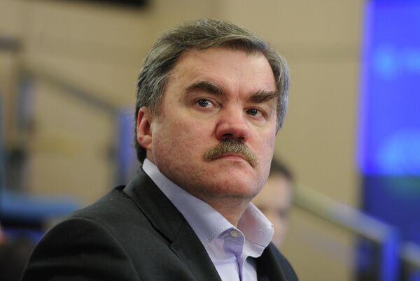 Дмитрий Анисимов