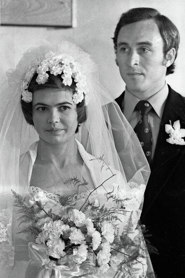 Людмила Турищева (слева) и Валерий Борзов (справа)