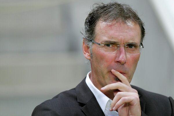 Главный тренер ПСЖ Лоран Блан во время матча против Нанта