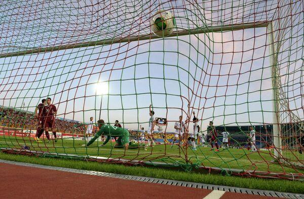 Игровой момент матча Рубин - Мольде