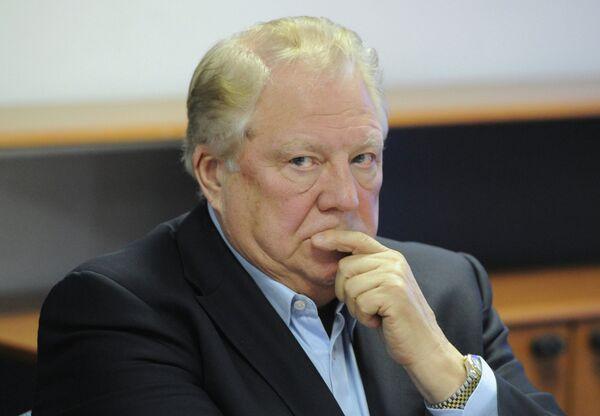 Почетный президент ОКР Виталий Смирнов
