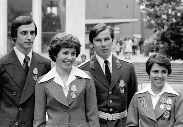 Фигуристы А.Горшков, Л.Пахомова, А.Зайцев и И.Роднина