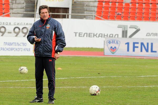 Главный тренер красноярского ФК Енисей Сергей Петренко, архивное фото