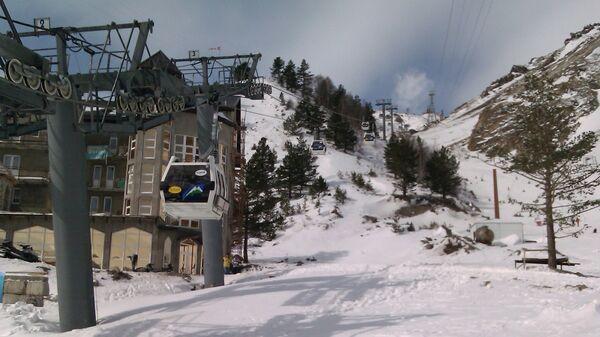 Канатная дорога на горе Эльбрус