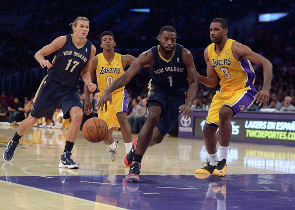 Игровой момент матча Лос-Анджелес Лейкерс - Нью-Орлеан Пеликанс