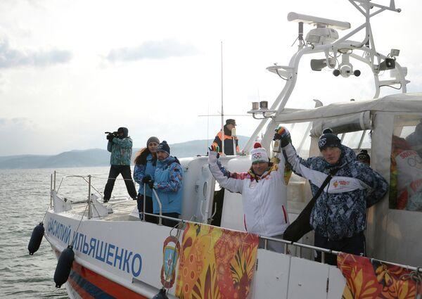 Эстафета Олимпийского огня. Байкал