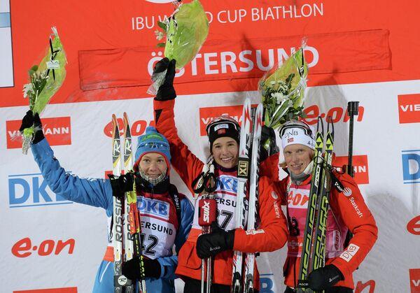 Ольга Зайцева (Россия) - второе место, Анн-Кристин Офедт Флатланн (Норвегия) - первое место, Тура Бергер (Норвегия) - третье место