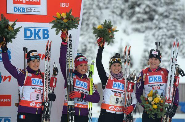 Французские спортсменки Мари-Лор Брюне, Софи Буале, Анаис Шевалье и Анаи Бескон (слева направо)