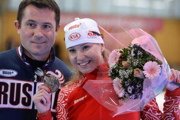 Ольга Фаткулина (справа)
