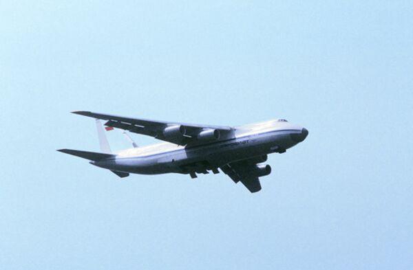 Грузовой самолет АН-124 Руслан