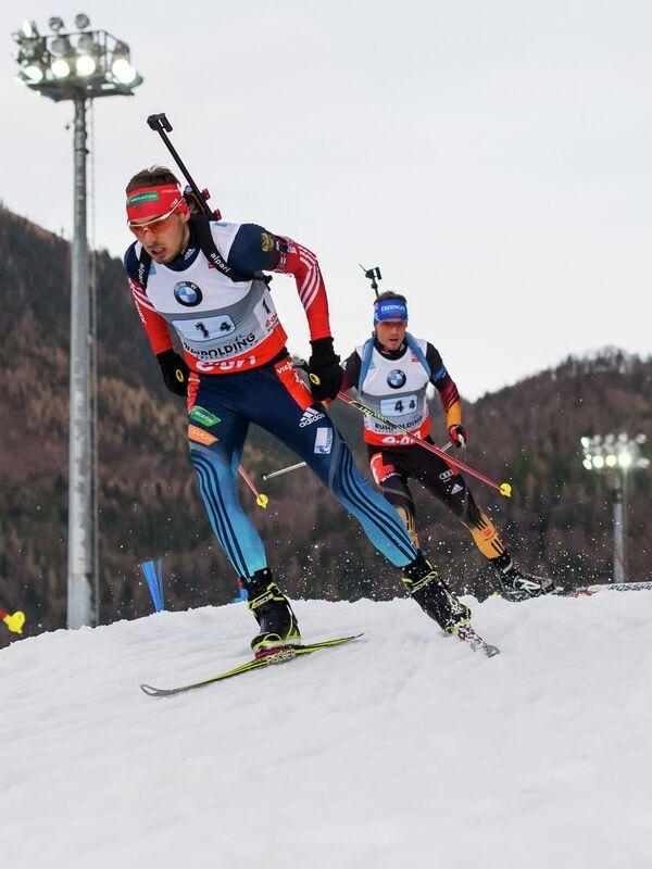 Россиянин Антон Шипулин (на первом плане) и немец Симон Шемп