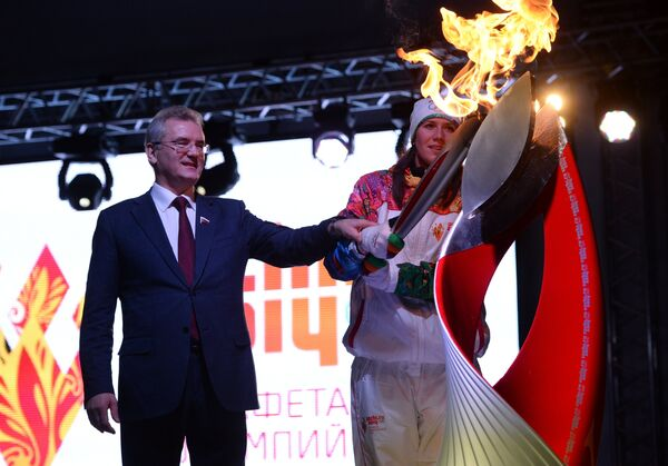 Иван Белозерцев и Анастасия Фесикова (Зуева)