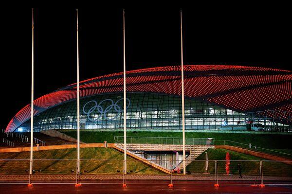 Ледовый дворец Большой в Олимпийском парке Сочи.