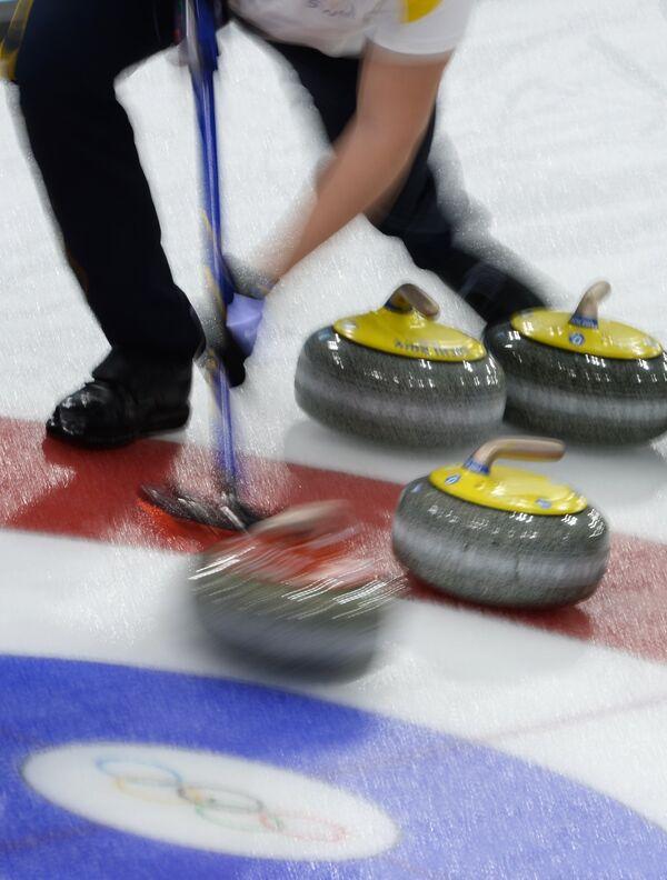 Олимпиада 2014. Керлинг.