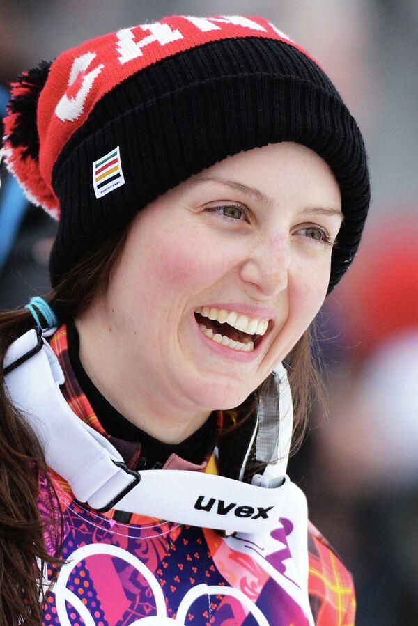 Келси Серва (Канада)