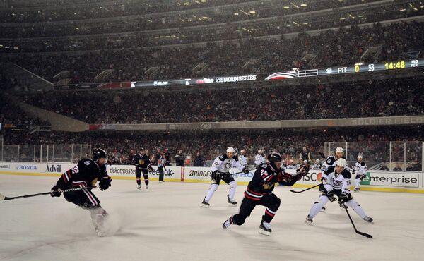 Игровой момент матча Чикаго - Питтсбург