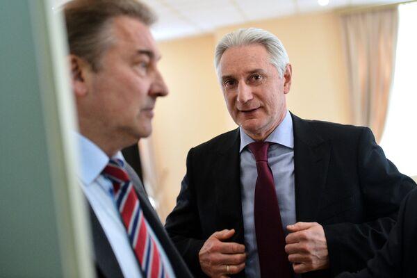 Владислав Третьяк (слева) и Зинэтула Билялетдинов