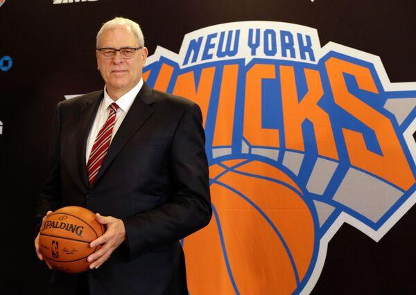 Легендарный тренер Фил Джексон - президент клуба НБА Нью-Йорк Никс