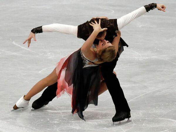 Виктория Синицына и Руслан Жиганшин выступают в произвольной программе на чемпионате мира