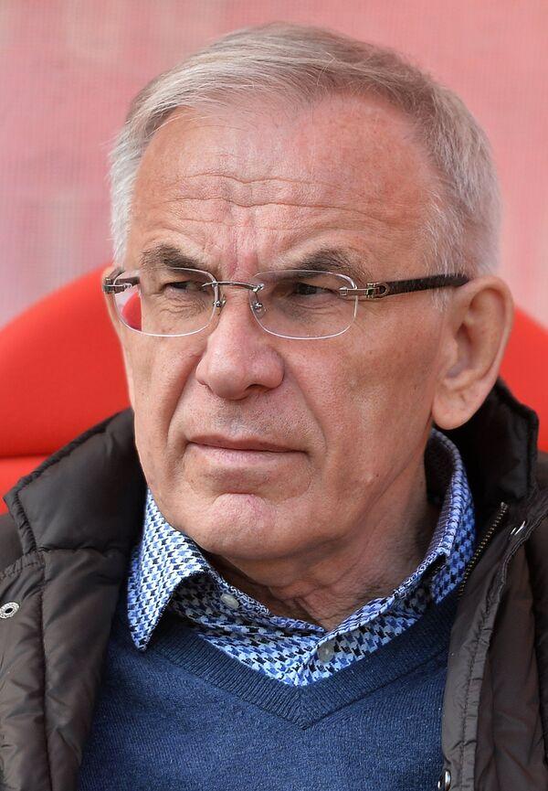 Главный тренер ФК Анжи Гаджи Гаджиев