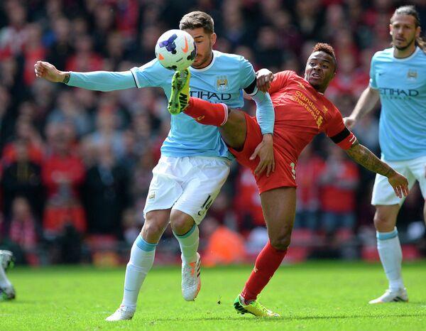 Игровой момент матча Ливерпуль - Манчестер Сити
