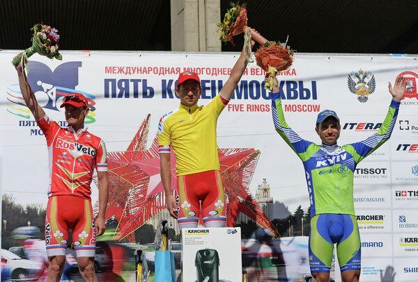 Сергей Лагутин (второе место), Андрей Соломенников (первое место) и Александр Поливода