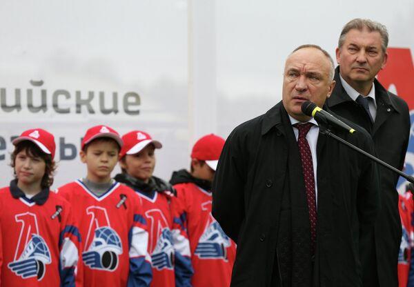 Юрий Яковлев (на первом плане)