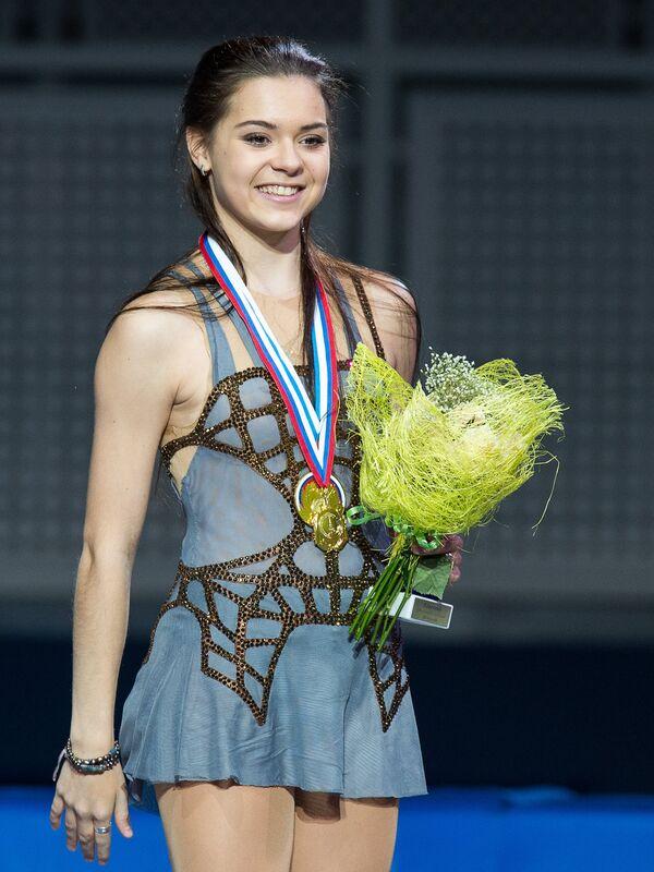 Аделина Сотникова, завоевавшая золотую медаль в женском одиночном катании на чемпионате России по фигурному катанию в Сочи
