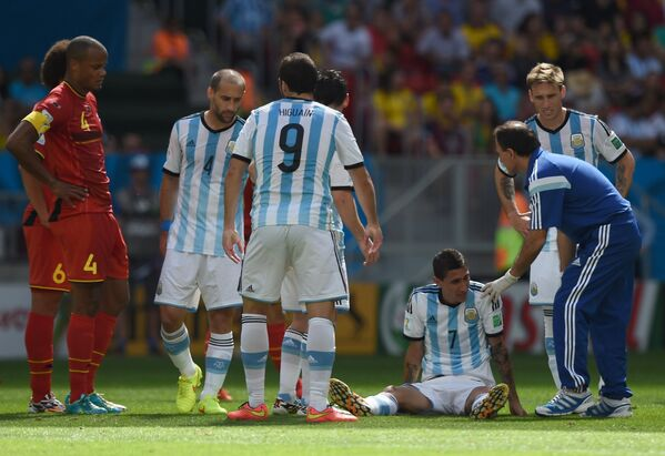 Игровой момент матча Аргентина - Бельгия