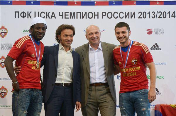Сейду Думбия, Роман Бабаев, Сергей Чебан и Алан Дзагоев (слева направо)