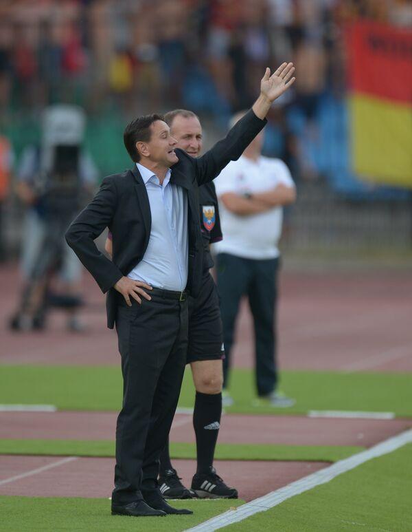 Главный тренер Арсенала Дмитрий Аленичев