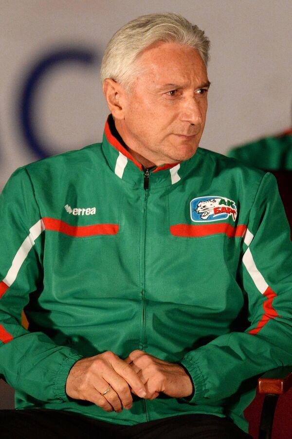 Главный тренер сборной России по хоккею Зинэтула Билялетдинов