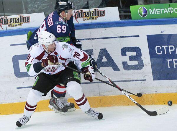 Микс Индрашис и Сергей Твердохлебов (слева направо)