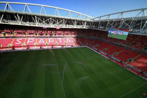Вид на поле и трибуны стадиона Открытие Арена