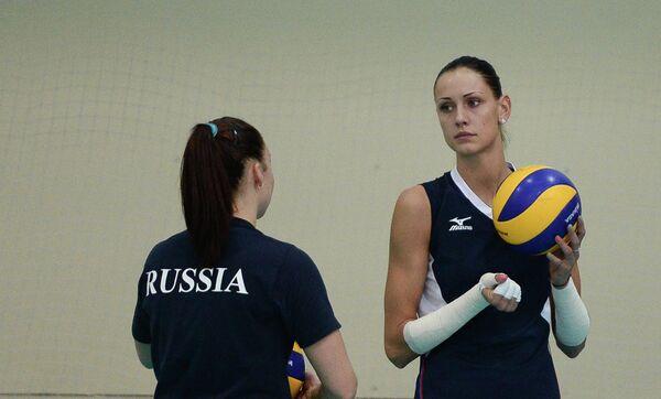 Нападающий сборной России Наталия Обмочаева