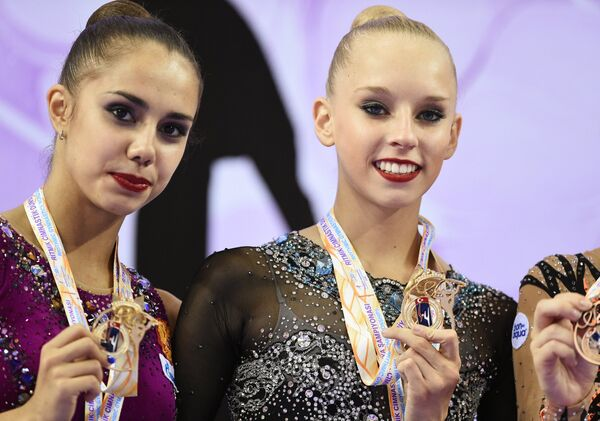 Россиянки Яна Кудрявцева и Маргарита Мамун (слева)