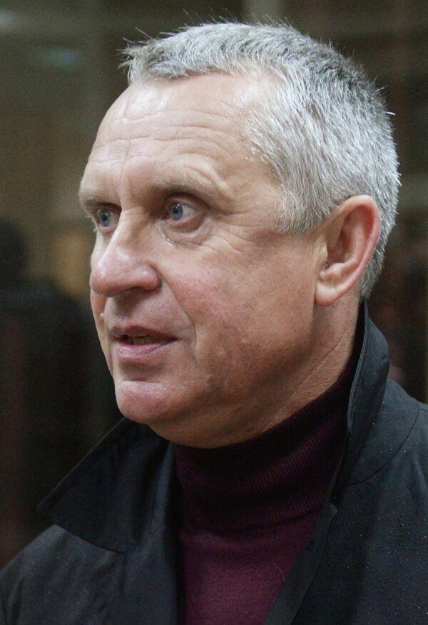 Леонид Кучук перед заседанием Палаты по разрешению споров Российского футбольного союза (РФС)