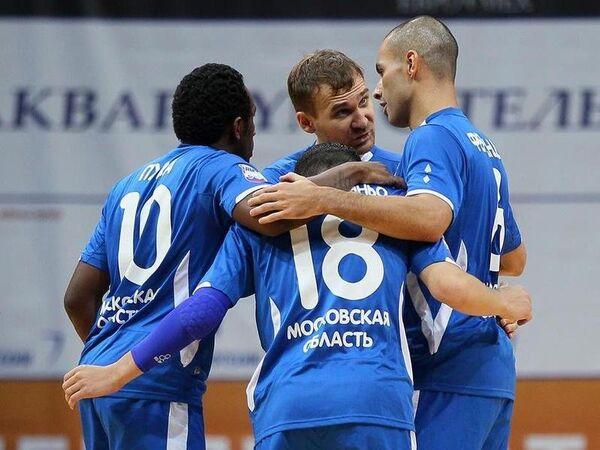 Игроки мини-футбольного клуба Динамо