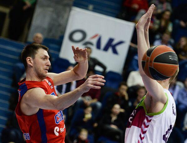 Виталий Фридзон (слева) и Дэвис Бертаньш