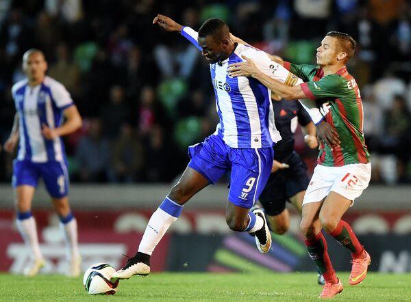 Игровой момент матча Маритиму - Порту