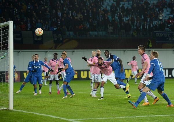 Игровой момент матча Динамо - Андерлехт