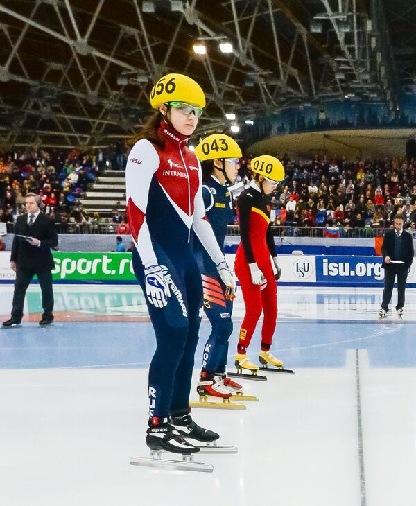 Слева направо: Софья Просвирнова (Россия), Чхои Минджон (Республика Корея), Фань Кэсинь (Китай)