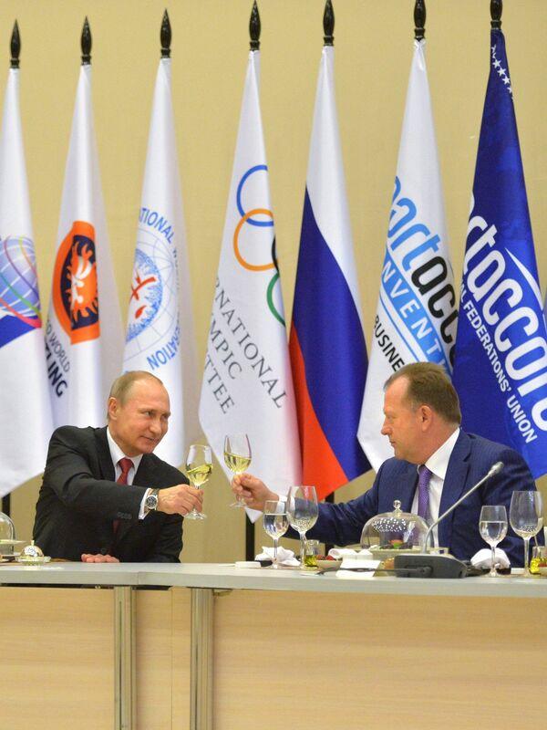 Владимир Путин (слева) и Мариус Визер