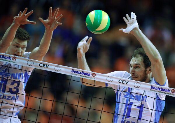 Игорь Кобзарь и Андрей Ащев (справа)